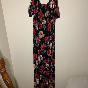 NWOT Strapless Floral Maxi Dress